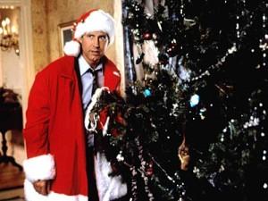 En som vill ha den perfekta familjejulen men allt går så fel så fel.. Chevy Chase i ett Päron till farsa firar jul.
